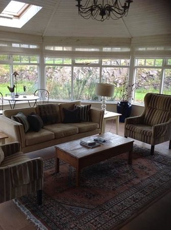Sheen Falls Lodge: the conservatory at Mariannes Cottage