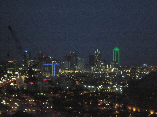 Renaissance Dallas Hotel : View from our room-Dallas lights at night