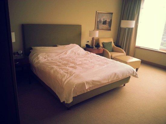 Regent Warsaw Hotel: Large rooms