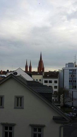 Novum Hotel Wiesbaden City: Aussicht zimmer 337
