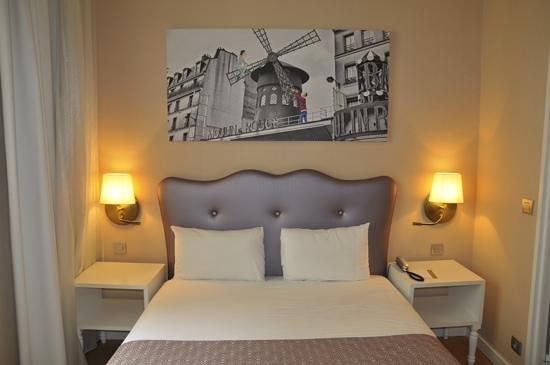 Hôtel Exe Paris Centre : Acojedora habitación