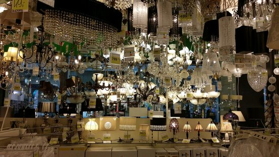 Arkadia Shopping Mall: Huge electronics and household appliance shop