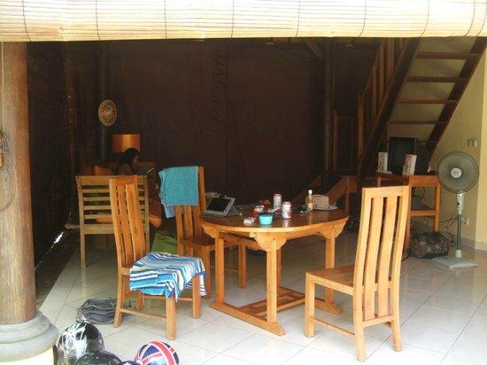Bali Alizee Villas: living area