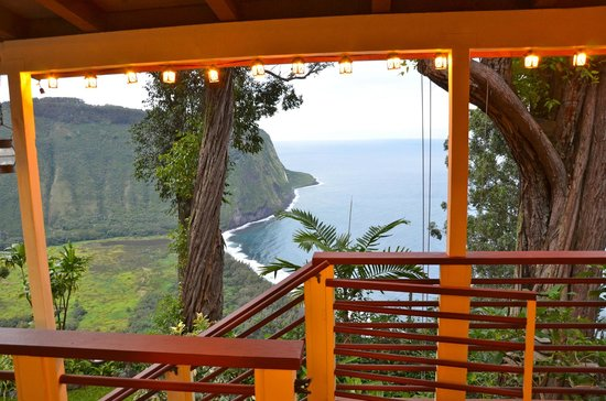 Waipio Rim: Room with a view