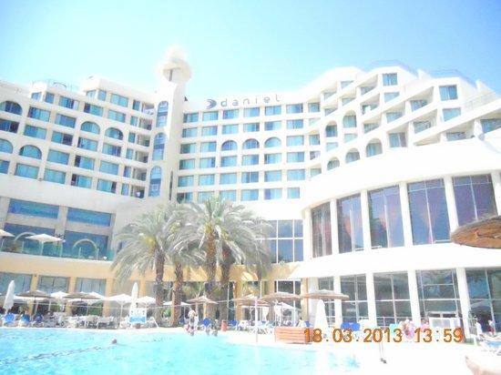 Daniel Dead Sea Hotel: Вид на отель