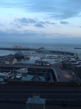 Royal Harbour Hotel : view from room 22