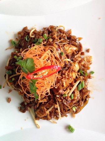 quinii's Restaurant: Fried kueh tiaw