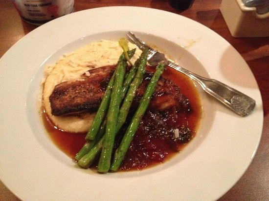 Stinky's Fish Camp : Cobia with stone ground cheese grits with asparagus