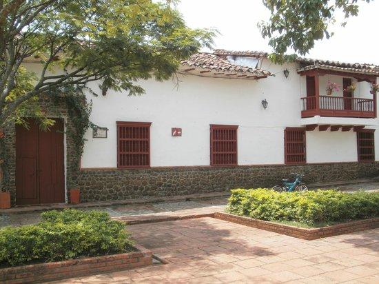 Hotel Mariscal Robledo: Fachada del Hotel