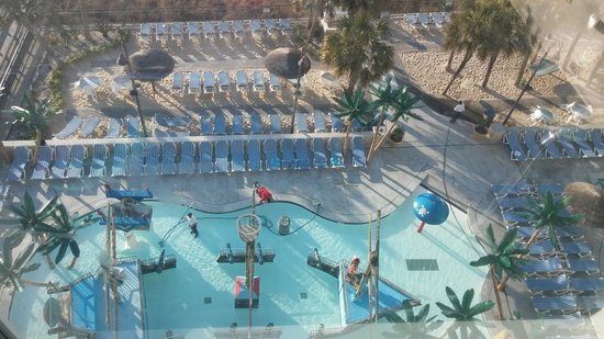 Captains Quarters Resort: FRESH START WITH A CLEAN POOL!