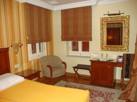 Aetoma Hotel: Το δωμάτιο της Βεράντας