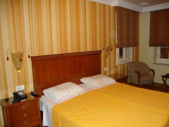 Aetoma Hotel: Το δωμάτιο της Βεράντας - Υπέρδιπλο κρεβάτι