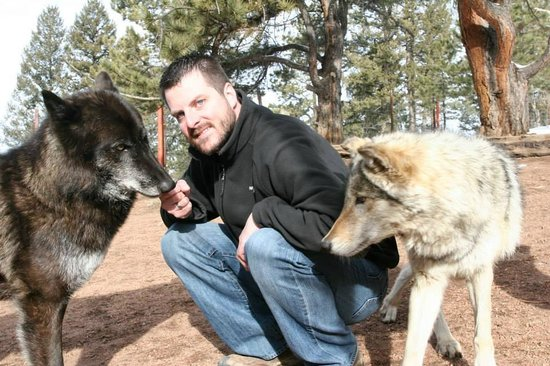 Colorado Wolf and Wildlife Center: Na'Vi and Tala