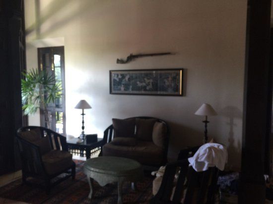 Sergeant House : The sitting area in the room