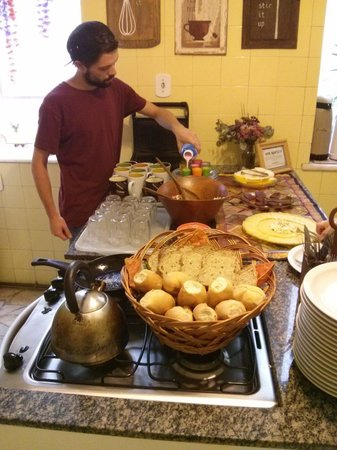 Discovery Hostel: Kitchen