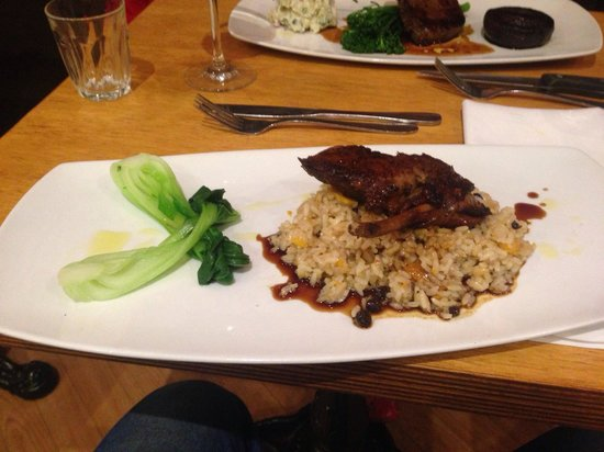 Cafe Ambiente Kirra: Double roasted duck