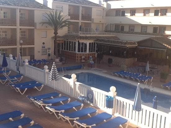 Club Marbella/Regency Palms Crown Resort: early morning photograph from balcony. peaceful.