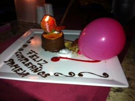 Hard Rock Hotel Vallarta : Mi pastel de cumpleaños