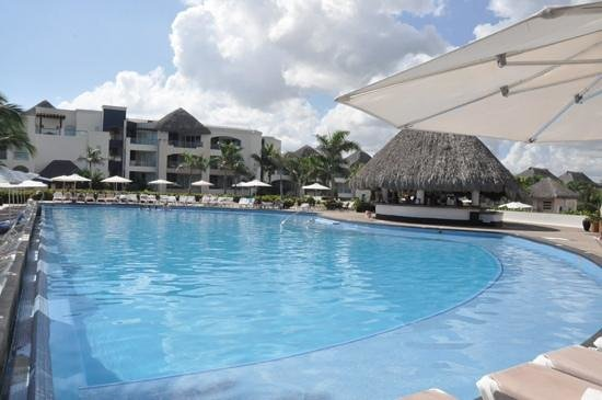 Hard Rock Hotel & Casino Punta Cana: Central Pool