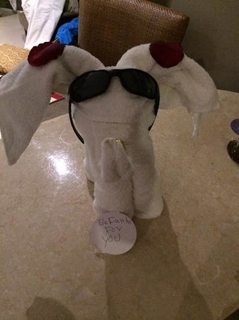 Hard Rock Hotel & Casino Punta Cana: Towel Art by Mindry!