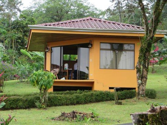 Hotel Miradas Arenal: Bungalow