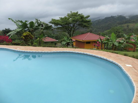 Hotel Miradas Arenal: Pool