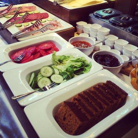 Hotel Apple Inn : Breakfast