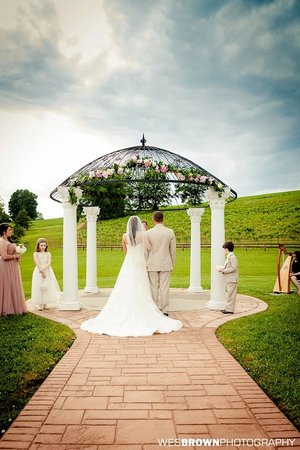 Small Outdoor Wedding Ceremony On The Deck Picture Of Cave