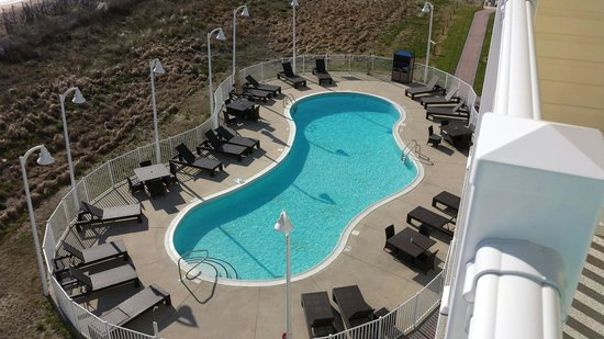Hilton Garden Inn Outer Banks/Kitty Hawk: Pool.