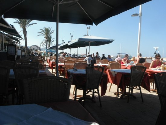 Faros Bar And Restaurant: Faros Restaurant