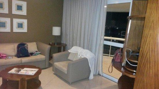 Sheraton Barra Rio de Janeiro Hotel: Sala suíte junior