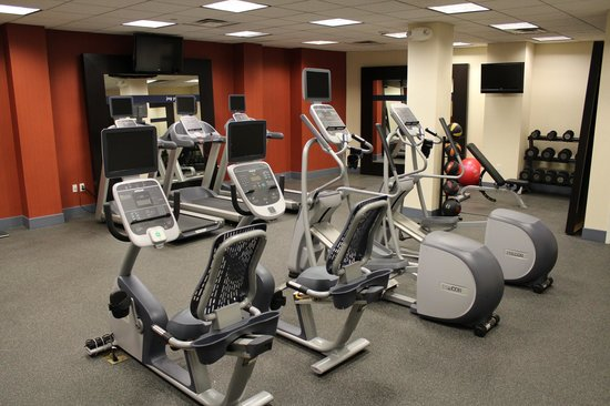 Hampton Inn Long Island - Brookhaven: Fitness Center
