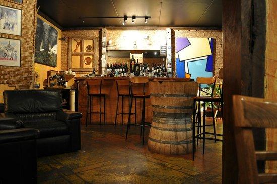 Vknow: The Wine cellar
