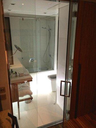 Hotel Granados 83 : Individual Executive Room, Bathroom