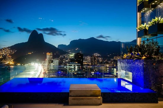 Praia Ipanema Hotel: Rooftop Solarium View at Night
