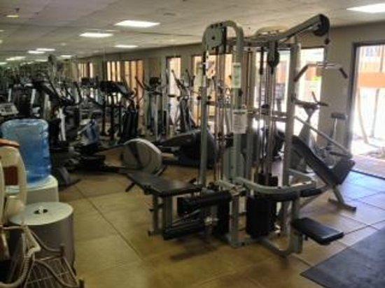 Crowne Plaza San Antonio Airport : FULL size gym 1