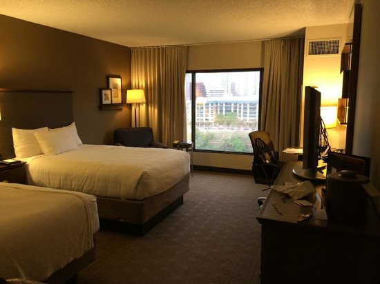 Hyatt Regency Austin: 2 Queens