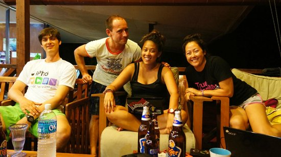 Scuba Junkie Mabul Beach Resort: One of our parties...