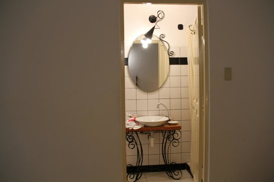 "Ninos Hotel: Bathroom in ""Celso"""