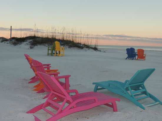 Plaza Beach Hotel - Beachfront Resort: Fantastic new beach chairs