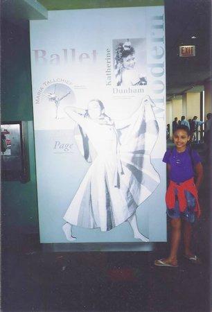 Skydeck Chicago - Willis Tower : Ballet legends :-)