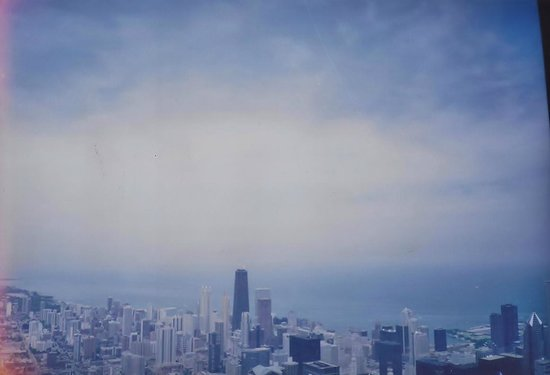 Skydeck Chicago - Willis Tower : Panoramic View of  the city's high rise buildings