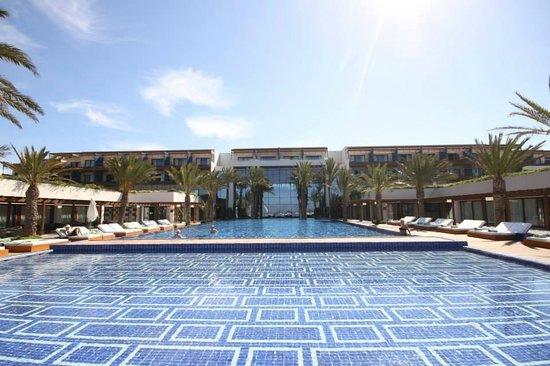 Sofitel Essaouira Mogador Golf & Spa : La piscine de l'hôtel