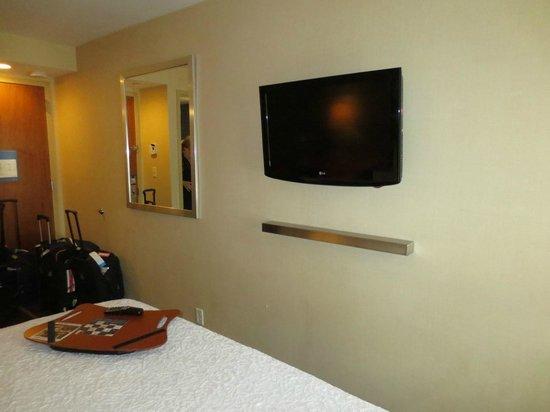 New Lg Flat Screen Tv Picture Of Hampton Inn Manhattan