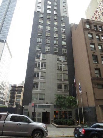 hampton inn manhattan madison square garden area font of hotel - Hampton Inn Madison Square Garden