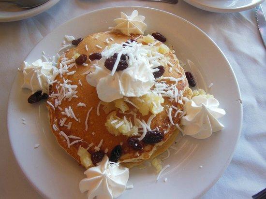 Las Palomas Doradas: Hawaiian Pancakes