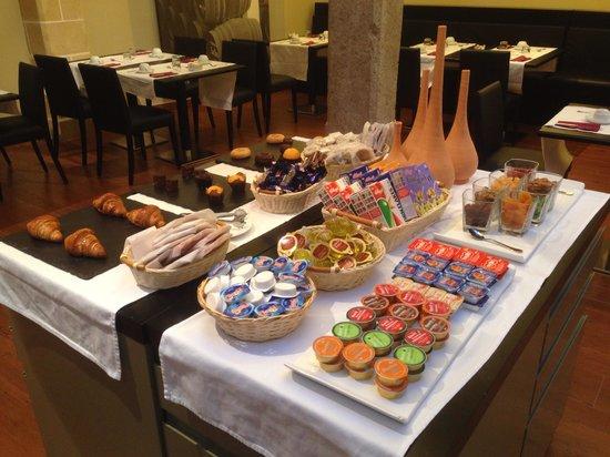 Sercotel Asta Regia Jerez Hotel: Frühstück