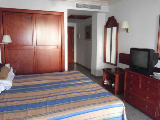 Hotel Mac Puerto Marina Benalmadena : Nice room