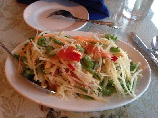 Thai Room Restaurant: Papaya salad