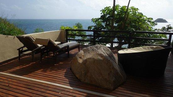Deep Blue : Jacuzzi suite private deck